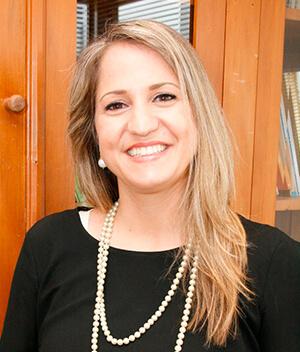 Mirela Pollini Caputo - Diretora Tesoureira